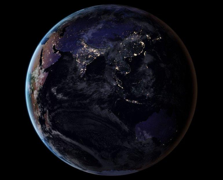 NASA публикует удивительные ночные фотографии Земли
