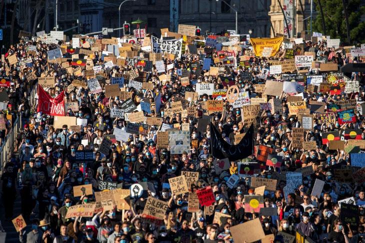 Как протестуют во всем мире
