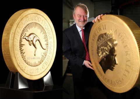 Самая большая в мире золотая монета