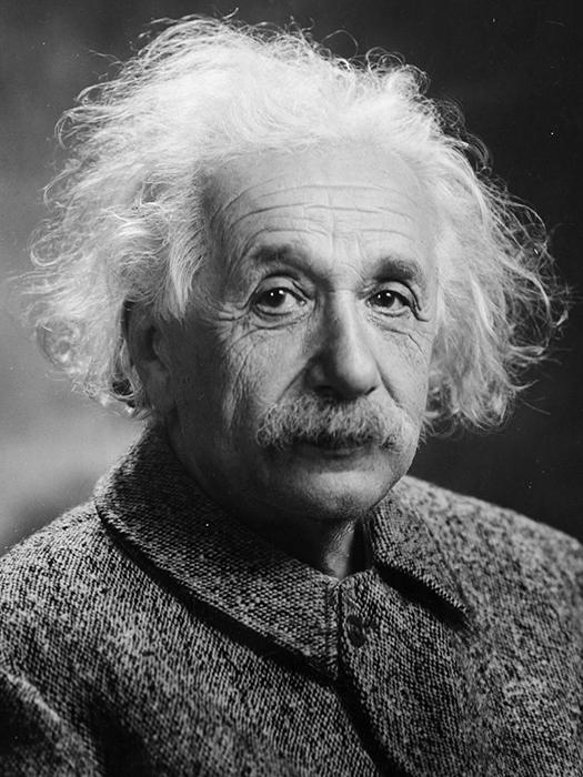 Альберт Эйнштейн в 1947 году.