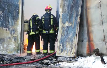 По факту пожара в доме в Калужской области возбуждено дело