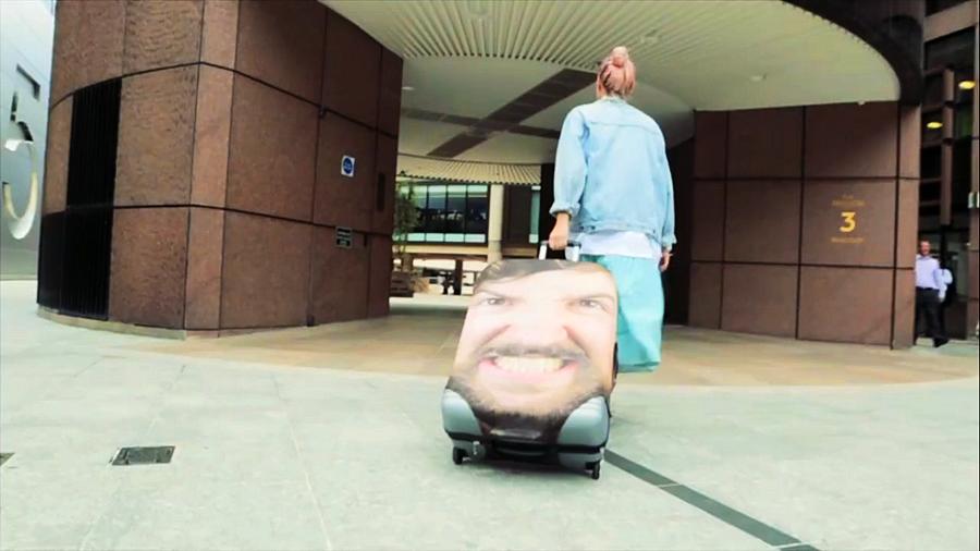 Как быстро найти свой чемодан в аэропорту