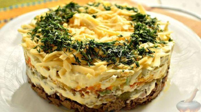 Самый нежный салат в мире — салат с куриной печенью