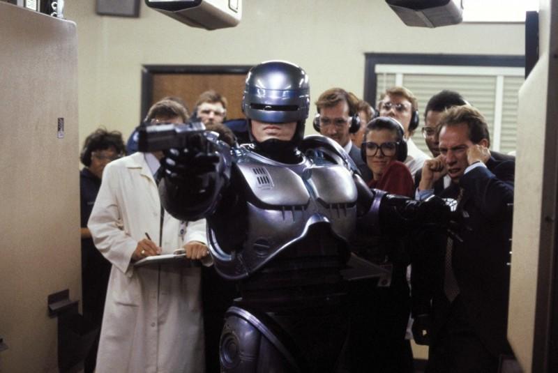 Факт №4: Размер имеет значение или почему Шварценеггер не сыграл Робокопа голливуд, дата, кинематограф, кино, робокоп, факты, фильм, юбилей