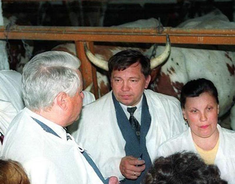 Типичное окружение Ельцина. перспектива, правильный ракурс, прикол, фотографии, юмор