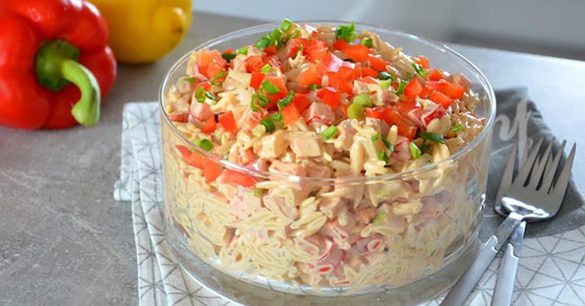 Гавайский салат: новое сочетание классических вкусов