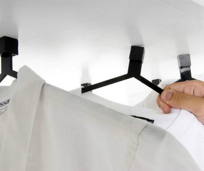 Магнитные плечики для одежды.