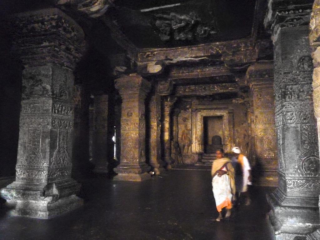 9457695946 9d693708d9 b Уникальный храм Кайласанатха