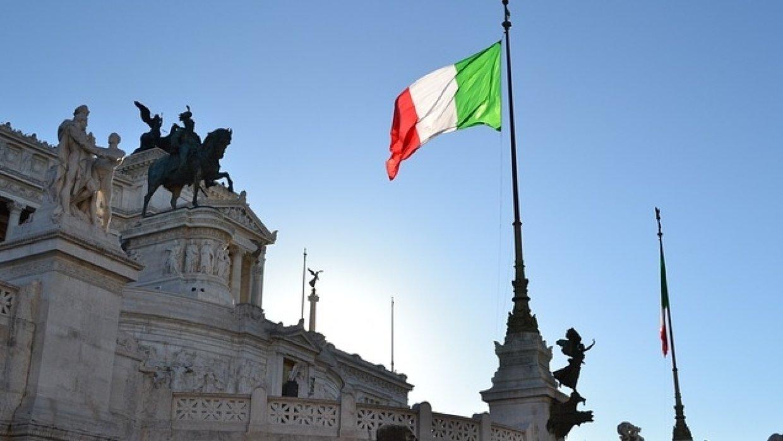 Италия столкнется с Лондоном и Евросоюзом, пытаясь защитить Россию от санкций