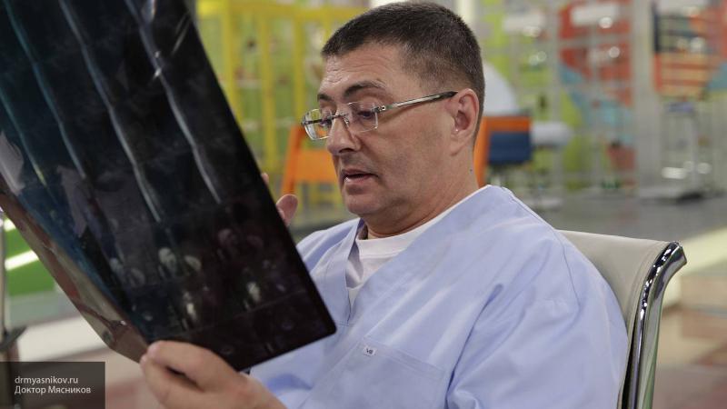 Доктор Мясников назвал срок завершения эпидемии коронавируса в России