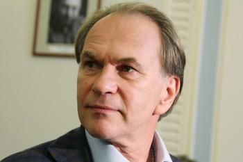Актеру Алексею Гуськову исполняется 60 лет