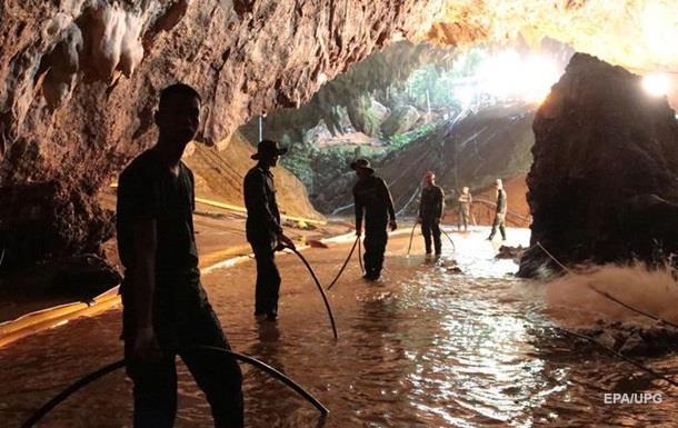 Всех детей спасли из пещер в…