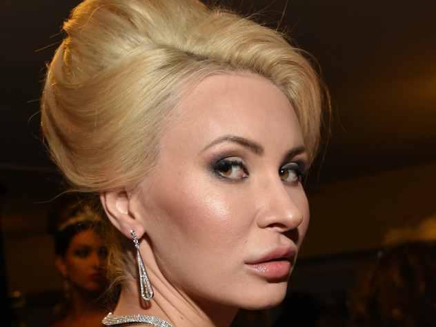 Элина Камирен нашла крайнего в развале шоу «Дом-2»