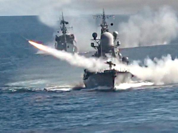 Корабли Северного флота во время учений НАТО испытали в Баренцевом море секретное оружие