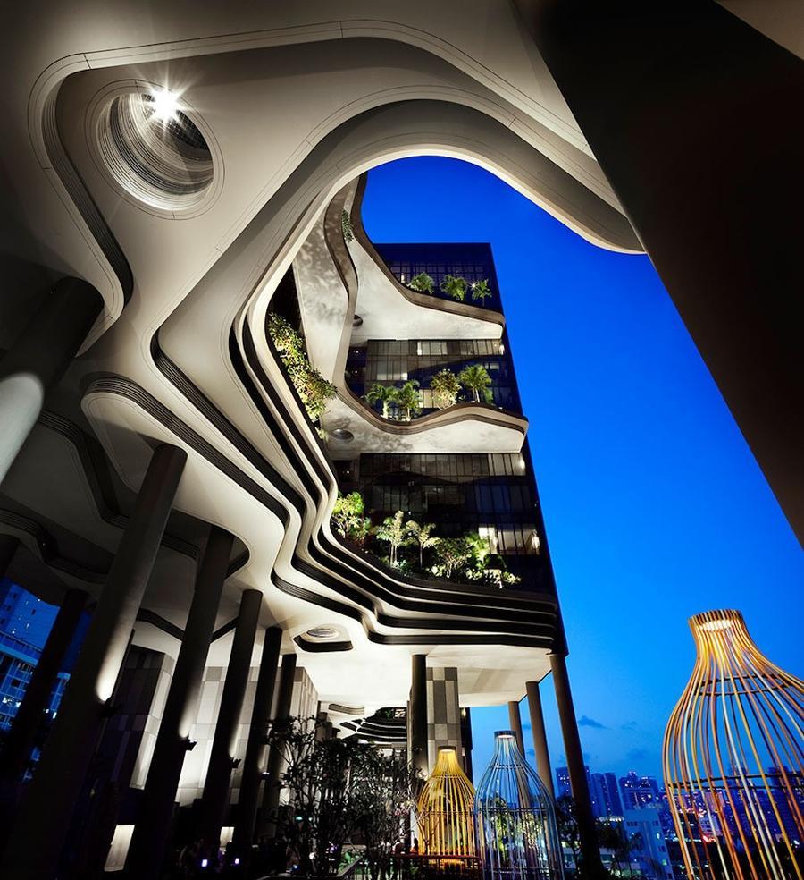 Parkroyal24 Уникальный сад на фасаде отеля в Сингапуре