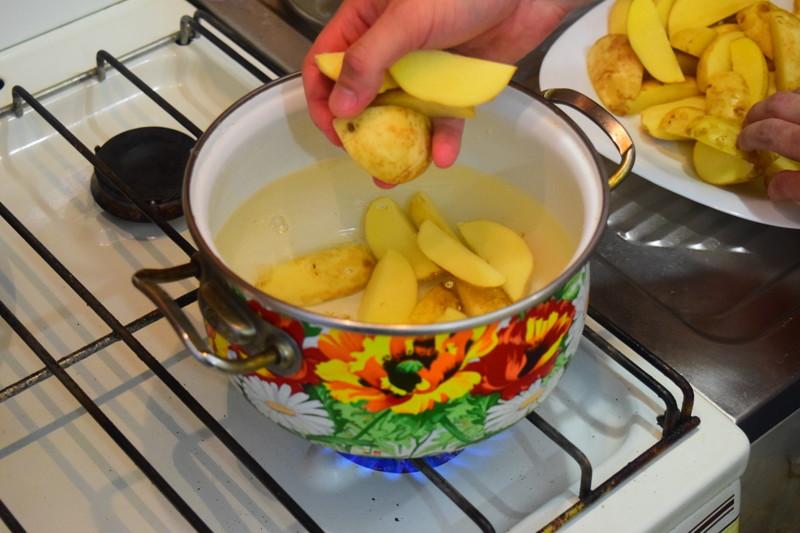 Отвариваем 2-3 минуты Айдахо, видео, еда, картофель в духовке, своими руками