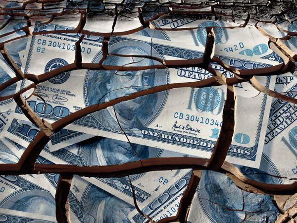Игорь Бобров: Финансовая империя США повторяет судьбу Британии и Германии