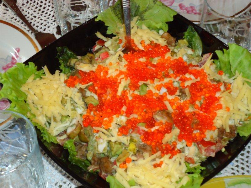 салат с с форелью