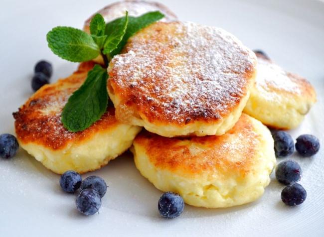 Еще одна идея , на завтрак  . Вкуснейшая яичница
