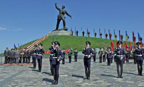 Cолдат, зовущий в бой война, россия, украина