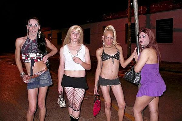 На Улицах Москвы Стоят Проститутки