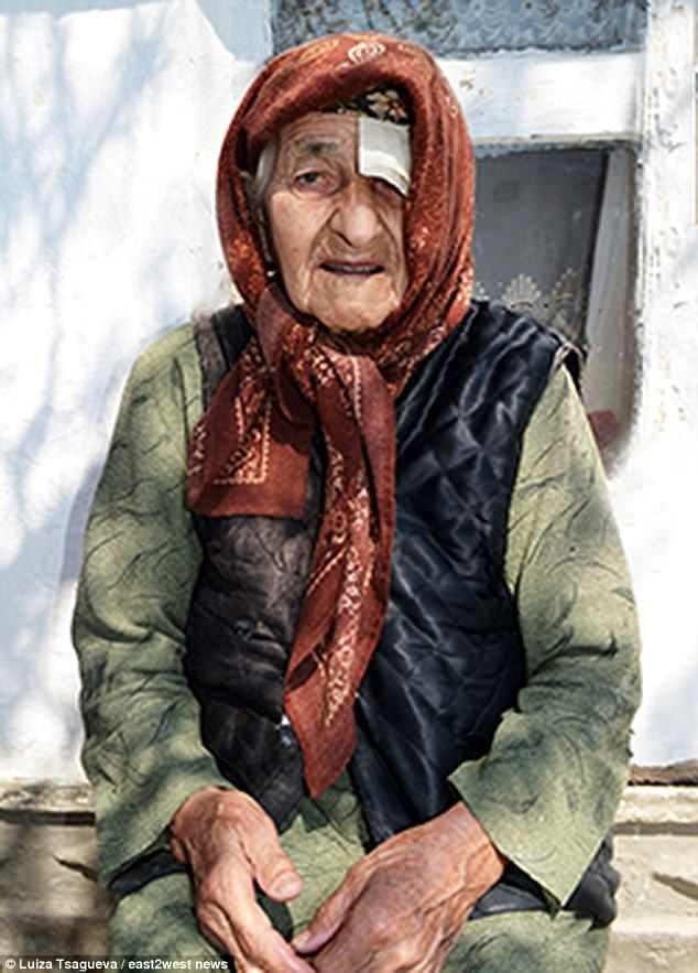 Самая пожилая женщина в мире утверждает что вся ее жизнь — сплошное наказание