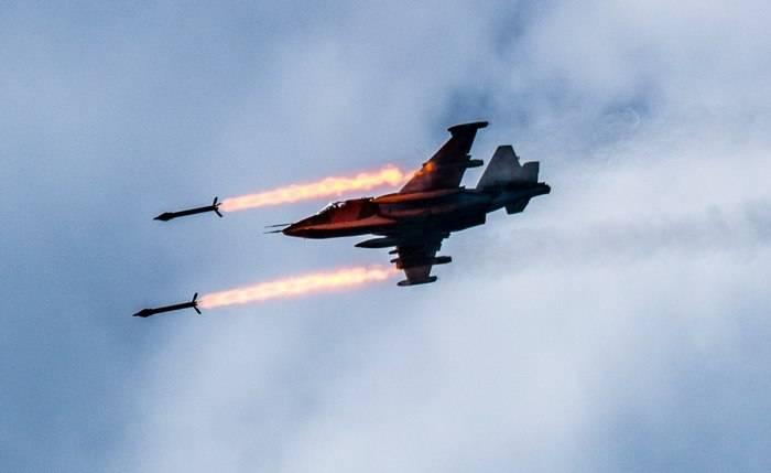 Серия точечных авиаударов ВКС попала в кадр