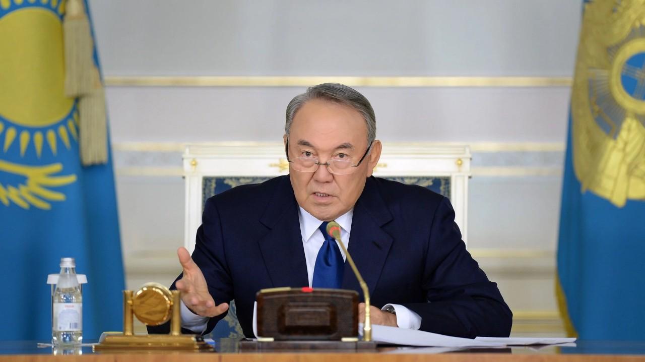 Казахстан перейдет на латинскую графику