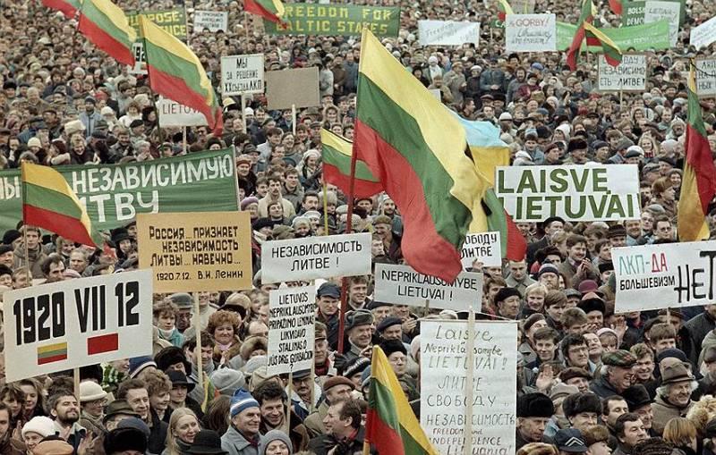 «Ни копейки не получите!» Россия не должна платить компенсаций Польше, Украине и Прибалтике