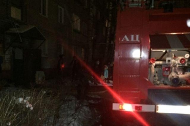 В Петербурге локализован пожар в здании Военно-морского института