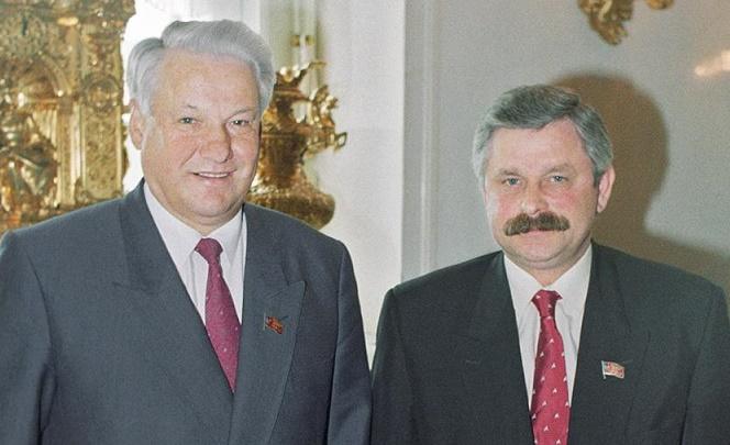Кем были соперники Ельцина н…