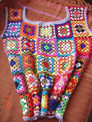 96-Blusa colorida em crochet (384x512, 115Kb)