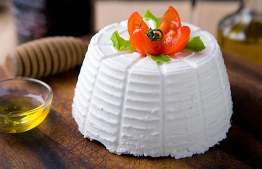 Рикотта — удивительный по вкусу сыр