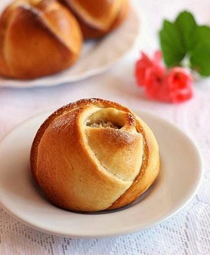Нежные розы с сыром и миндалем: сложно представить себе более стильную и вкусную выпечку!