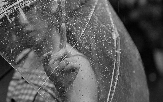 Капля  дождя.  Жюль  Сюпервьель (п)
