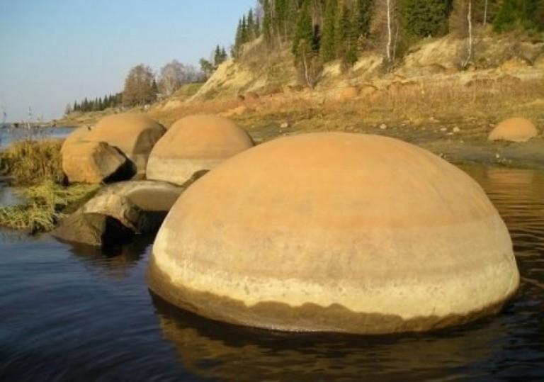 Эхо звездных войн, или Тайны каменных шаров