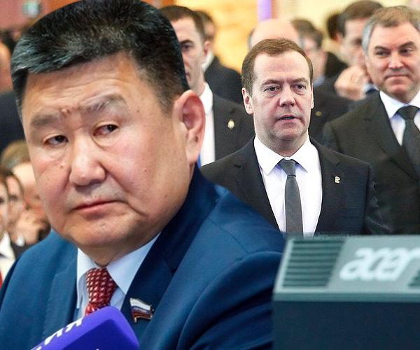 Вячеслав Мархаев: «менять надо правительство, а не пенсионный возраст»