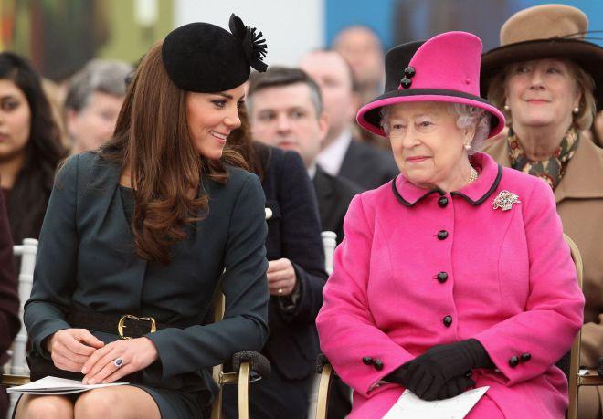 Теперь все ясно: 15 причин, почему Елизавета II не любит Кейт Миддлтон