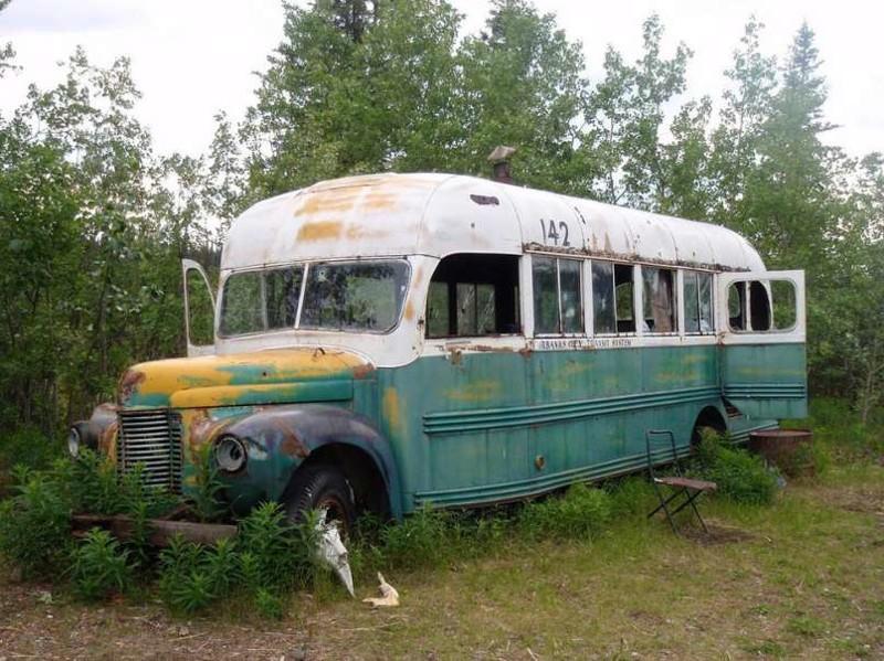 """11. """"Волшебный автобус"""" на Аляске заброшенные места, крипи, прикол, ужас"""