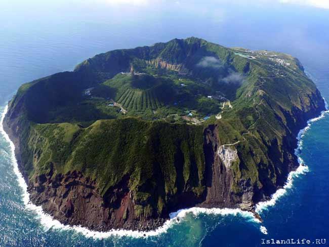 Остров Аогашима – вулкан, на котором живут люди