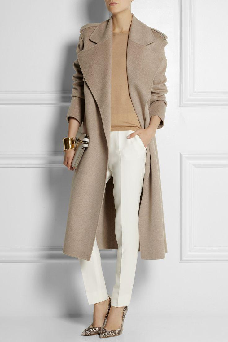 Классическая элегантная идея с длинным пальто