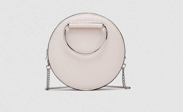 Яркие аксессуары: круглая сумочка 2018