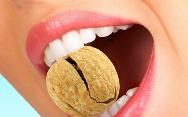 Домашний рецепт ополаскивателя для рта: здоровые десны, свежее дыхание