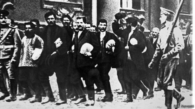 Беженцы войны в белорусских губерниях и первый опыт государственной и общественной помощи беженцам (1914 - первая половина 1915 годов)