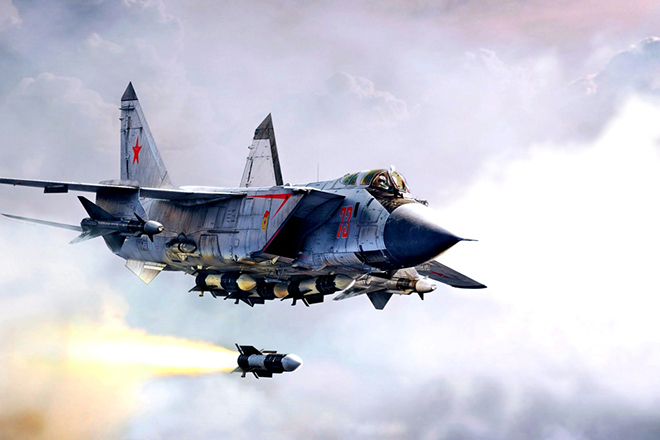 Беспилотный истребитель МиГ-41 будет летать в космосе