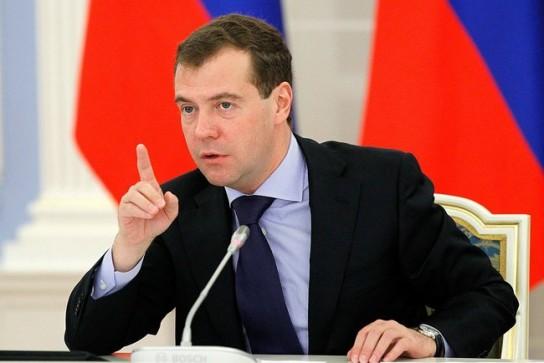 Продолжительность жизни россиян достигла исторического максимума, заявил Медведев
