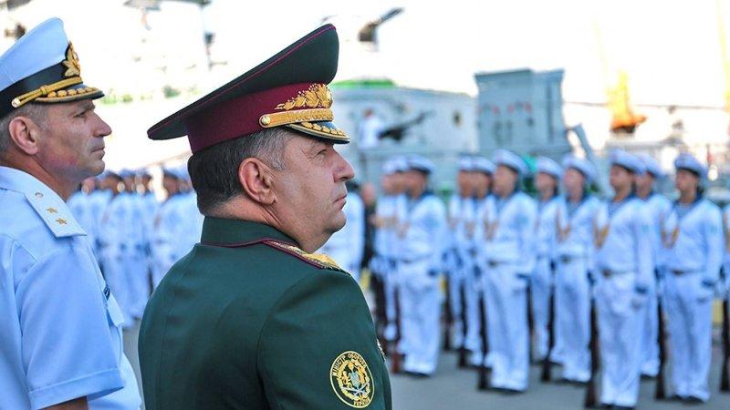 Какая страна, такой и флот: российский КЧФ бьет ВМС Украины по всем статьям