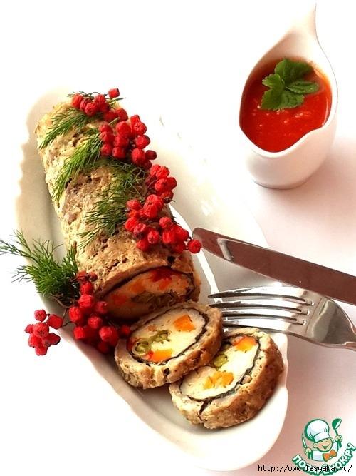 Мясной рулет с рисом и овощами