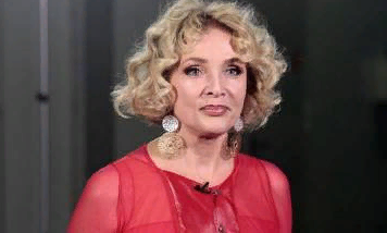 Директор Лаймы Вайкуле придумал оправдание её скандальным заявлениям о Крыме