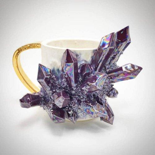 Керамическая посуда со сверкающими кристаллами от Коллина Линча